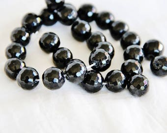 1 Pearl Onyx 12mm faceted - natural semi-precious gemstone