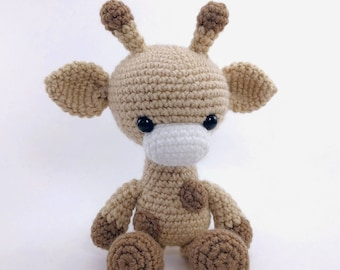 PATTERN: Gabi the Giraffe - Crochet giraffe pattern - amigurumi giraffe pattern - crocheted giraffe pattern - PDF crochet pattern