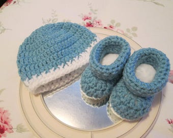 Crochet Baby Hat and Bootie Set