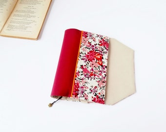 Protects-pocketbook bookmark adjustable fabric (fabric flowers patterned / rouge_rose_beige)