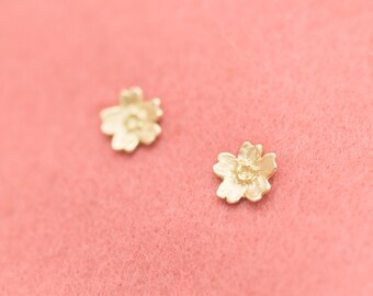 18k earrings - Sakura earrings - Cherry Blossom - Japanese earrings - Japanese flowers - hypoallergenic - free shipping - 18k studs - Sakura