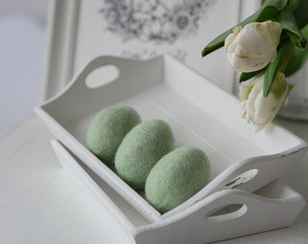 Felt Easter decoration - Pastel green felted eggs - Set of three eggs for Easter egg hunt - Rustic home ornament - Spring decor