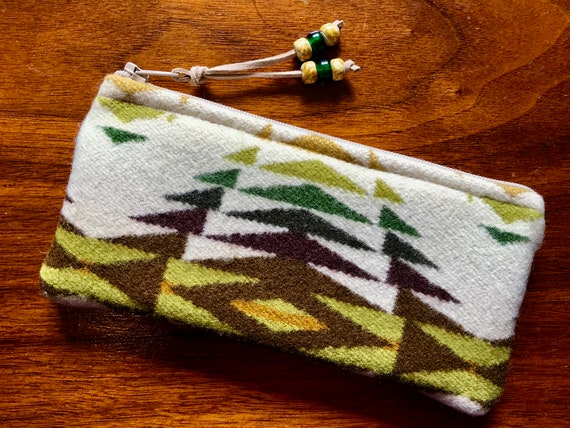 Wool Glasses  Case / Tampon Case / Zippered Pouch Winter White Pecos