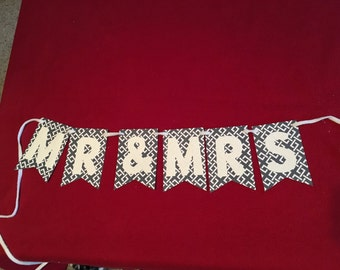 Mr & Mrs Paper Banner - Great for Wedding Reception!
