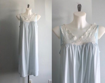 Vintage Van Raalte Pale Blue Nightgown, Vintage Nightgown, 1970s Nightgown, Vintage Lingerie, Nightgown