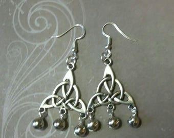 Triquetra bells, wiccan pagan, witch, jewlery jewlery, Goddess