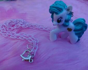 Pony figurine necklace