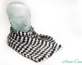 Crocheted Black and White Houndstooth Infinity Scarf