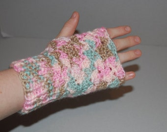 Lace Scalloped Fingerless Gloves - Ready to ship