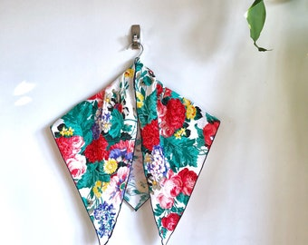 Bold Vintage Floral Scarf / Wildflower Bouquet Triangle Scarf / Vintage Floral Kerchief
