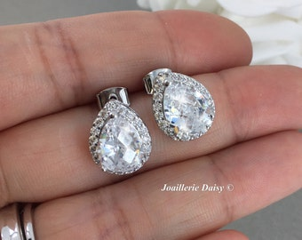 CZ Stud Earrings Bridal Earrings Wedding Earrings CZ Earrings Crystal Earrings Teardrop Earrings Brideamid Gift for Maid of Honor Jewelry