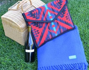 Pendleton® Blanket - vintage collectible bright royal blue wool blanket - Pendleton® Wool Blanket