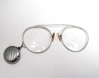 Antique 10K White Gold Pince Nez Frames Eyeglasses // 1800s Victorian Optical Spectacles With Retractable Brooch // 19th Century