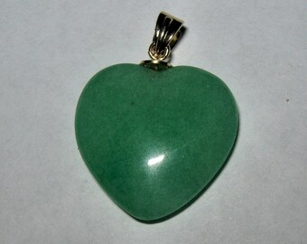 CHRYSOPRASE HEART SHAPED pendant