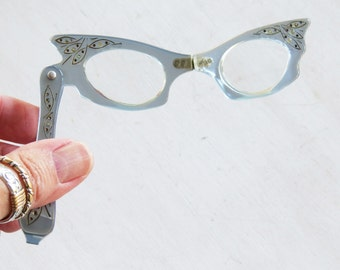 Vintage 1950s Cat Eye Magnifying Opera Glasses Light Blue Lucite With Embellishments- Fold up glasses with tapestry bag