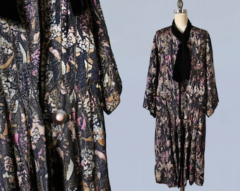 1920s Coat / 20s Printed Floral Lamé Coat/ Rare! / Amazing Museum Quality / Bright Lilac Lining