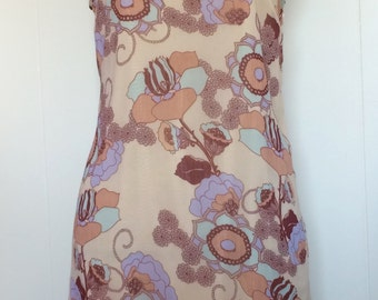 Mod-Inspired Peach Floral Shift Dress Size Small