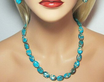 Gorgeous Turquoise Beaded Necklace