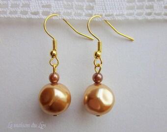 Earrings vintage style pearl beads