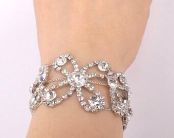 Fey-Vintage Style Rhinestone and Ribbon Bracelet