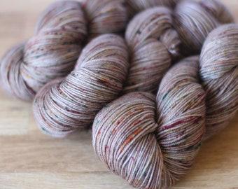 Viv - Australian Superwash Merino / Nylon 4ply Yarn (75/25)