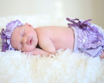 Baby Photo outfit, Baby Girl Lavender flower diaper cover, Lavender Flower Baby headband, Baby girl ruffled bloomers, Baby girl photo prop