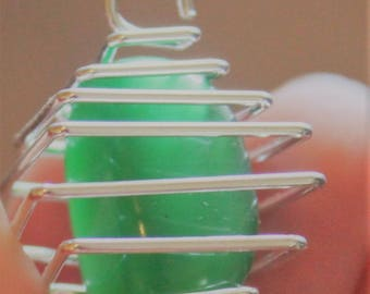 Green Cats Eye Crystal Gemstone in Silver Cage Pendent
