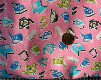 """Vintage Cotton Novelty Apron or Quilting Fabric Yardage - ADORABLE Pink Retro Kitchen Design - 35 """" wide - by the yard"""