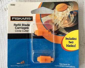 Fiskars 2 pack Circle Cutter Refill Blade Cartridges, cutting, scrapbooking, works with Fiskars Circle Cutter, card making, photo trimming