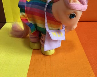 Vintage G1 My Little Pony Peachy Hasbro Made in Italy 1982 Orange Pink Hearts Pink Hair Complete Original Outfit