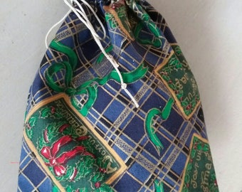 Christmas gift bag pouches