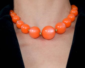 Cantaloupe two strand moon glow necklace. Chunky necklace. 1950s lucite necklace. Orange moonglow jewelry