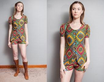 Vintage 1960's | 2 Piece | Playsuit | Shorts | Graphic Pattern | S