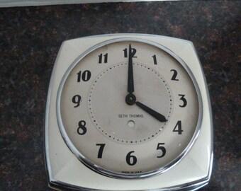 Vintage Seth Thomas Kitchen Wall Clock- Chrome-White-Not Working for Parts