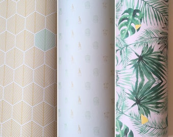 set of 3 sheets of gift wrap, ideal choice for making pretty packages