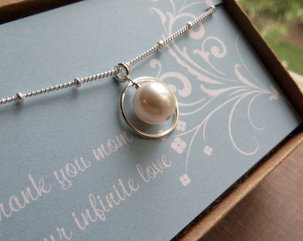 Mother of the bride gift, pearl eternity necklace, swarovski, wedding gift for mom from daughter, circle, mother of bride custom necklace