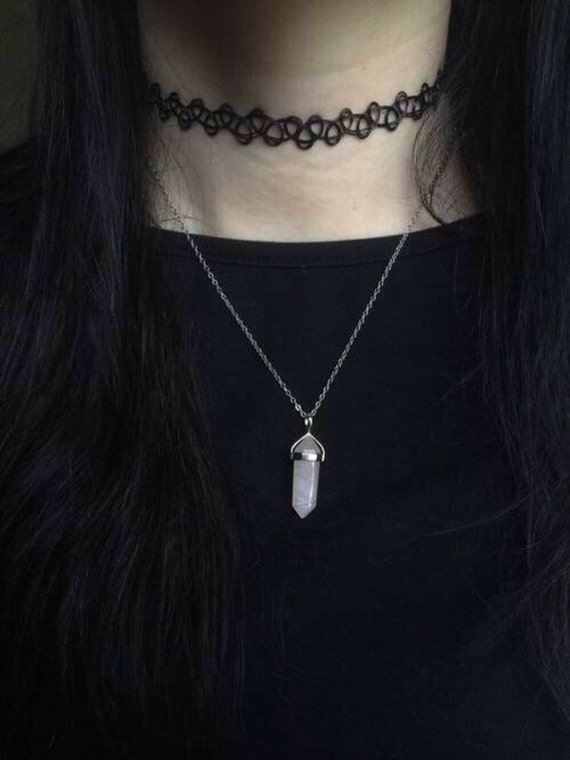 Attractive Tumblr inspired necklace Trendy Crystal pendant necklace FK28