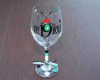 The 19th Hole Wine Glass, Golf Fanatic Gifts, Wine Glass, Beer Mug, Sports, Golf, The Masters Golf Gifts