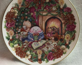 Royal Doulton Collector Plate - 'The Night Before Christmas' (#157)