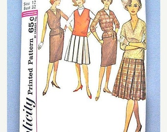 Spring Sale 60s Skirt Top Dress Vintage Sewing Pattern 4547 from the early 1960s  Bust 34 inches.