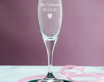 Personalised Champagne Flute - Wedding Day Champagne Glass - Wedding Gifts - Gifts For Couples - Champagne Gift - LC120