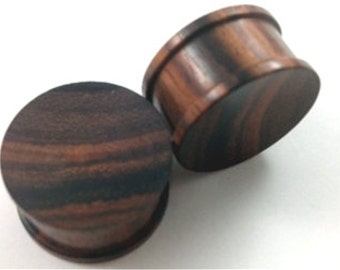 Pair of Concave Brown Sono Wood Plugs