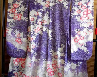 Japanese kimono Furisode purple and white speckle pattern with sakura