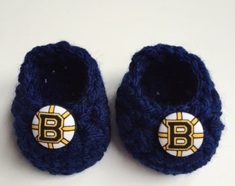 Boston Bruins baby booties, baby booties, infant shoes, crochet baby booties, booties for baby, crochet baby shoes