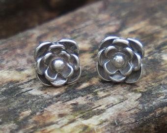 Flower Stud Earrings, Silver Flower Earrings, Flower Studs, Silver Stud Earrings, Flower Jewelry, Sterling Silver Earrings, Silver Earrings