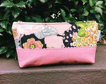 Greenwich Black Makeup Bag, Leather Pouch, Women's Toiletry Bag, Zipper Pouch, Cosmetic Bag, Leather Clutch