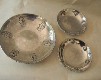 Vintage  Three Hand Wrought Buenilum Bowls