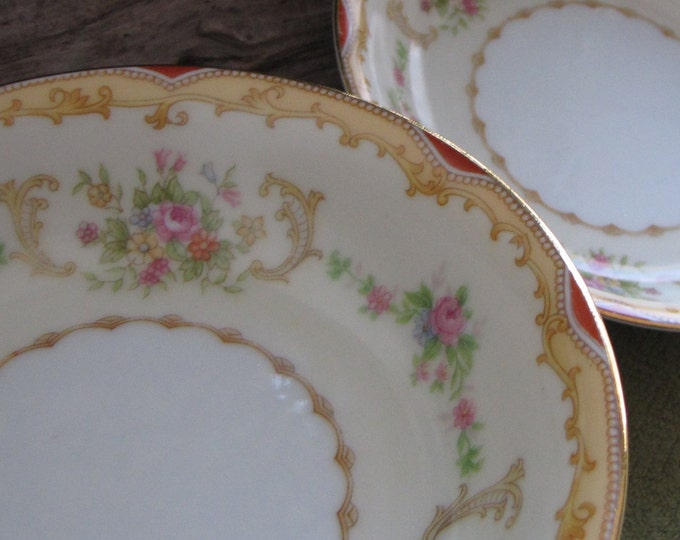 Vintage Noritake Soup or Cereal Bowls Vintage Dinnerware Eight (8) Circa 1930s Red and Gold