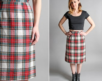 Vintage Ruby and Emerald Pencil Skirt - Straight A-line Knee Length Midi Red Green White Plaid Holiday Fall Collegiate - Size Small S
