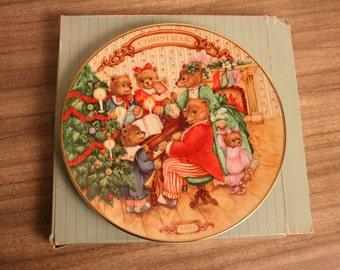 Collector plate Avon Together for Christmas plate Teddy Bears vintage Christmas in July Santa bear